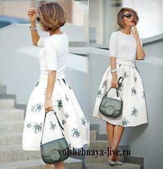 Пышная белая юбка миди в серых цветах под туфли серебристого оттенка - volshebnaya-live