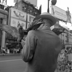 """Vivian Maier, a """"secret"""" street photographer worked as a nanny and her photos weren't discovered until after her death. i love her story AND her photos."""