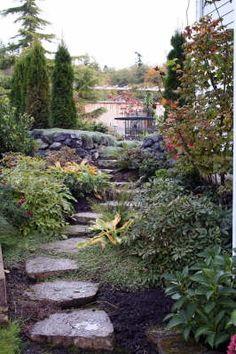 shade garden idea. Love this pathway