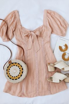 Madeline Blush Pink Puff Sleeve Mini Dress Cute pink mini dress with puff sleeves. Beauty And Fashion, Latest Fashion For Women, Look Fashion, Fashion Styles, Mode Outfits, Trendy Outfits, Fashion Outfits, Dress Fashion, Girly Outfits