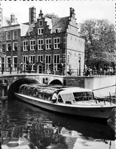 30 Black and White Photos Capture Everyday Life of Amsterdam in 1958