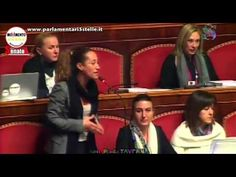 Berlusconi: PAOLA TAVERNA distrugge la MUSSOLINI