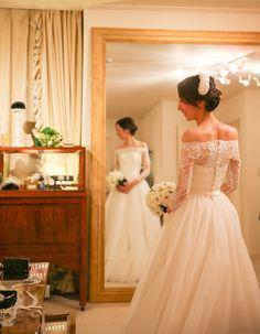 鎌倉 古我邸にてご結婚式 オフショルダーのウェディングドレスで・・・