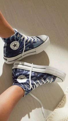 Dr Shoes, Swag Shoes, Hype Shoes, Cute Nike Shoes, Cute Converse Shoes, Colored Converse, Black Converse, Converse Sneakers, Mode Converse