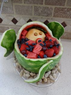 Elephant Watermelon-back view Dumbo Baby Shower, Baby Shower Fruit, Baby Fruit, Watermelon Basket, Cute Watermelon, Dinosaur Watermelon, Watermelon Animals, Watermelon Carving Easy, Easy Food Art