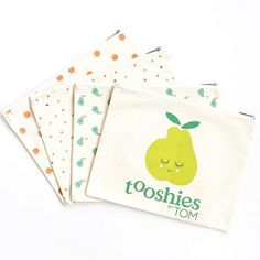 FREE GIFT ~ Purchase any Tooshies by TOM product from Chemist Warehouse or Coles and we will send you one of these gorgeous, organic cotton nappy clutch bags! Simply fill in your details at tooshiesbytom.com.au/submission • Available while stocks last, limit one per person #giftwithpurchase #tooshiesbytom #chemistwarehouse #colessupermarkets