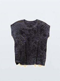 Rachel Rose... love the black on black
