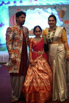 Saree Belt, Saree With Belt, Half Saree Lehenga, Indian Lehenga, Saree Dress, Half Saree Designs, Lehenga Designs, Blouse Designs, Kids Dress Wear
