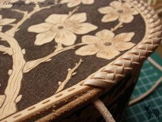 Leather Crafting, Facebook Youtube, Leather Working, Diy And Crafts, Channel, Flowers, Handmade, Bags, Etsy