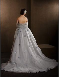 Wedding Dress. Wedding Dress on Tradesy Weddings (formerly Recycled Bride), the world's largest wedding marketplace. Price $800.00...Could You Get it For Less? Click Now to Find Out!