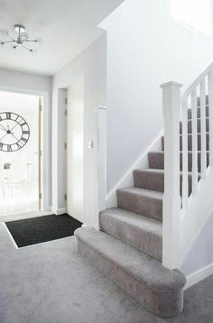 Good Photo light Gray Carpet Tips Selecting the most appropriate carpet color c … – carpet stairs Grey Walls And Carpet, Grey Stair Carpet, Grey Carpet Hallway, Grey Carpet Living Room, Grey Carpet Bedroom, White Hallway, White Staircase, Carpet Staircase, White Carpet