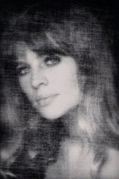 , Julie Christie, 1969 by David Bailey Julie Christie, David Bailey Photography, Candice Bergen, Marianne Faithfull, Cecil Beaton, Photoshop, David Hockney, Catherine Deneuve, Black And White Portraits