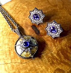 These sapphire and diamond stars by Arman Sarkisyan Jewelry are a great way to add a pop of color to your everyday jewelry collection.