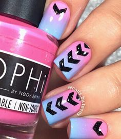 Fabulous gradient nails by @nails.by.teens using our Staggered Chevron Nail…