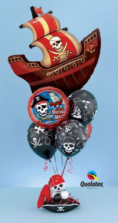 Themed bouquet of balloons for a #pirate #birthday party