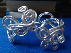 Bracelet fil alu lisse et ciselé