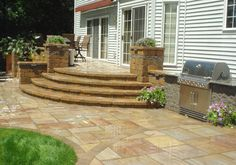 outdoor landscaping ideas for small spaces outdoor entertaining space with kitchen seating and retractable Concrete Patios, Brick Paver Patio, Brick Porch, Backyard Plan, Backyard Retreat, Backyard Patio, Patio Steps, Outdoor Landscaping, Landscaping Ideas