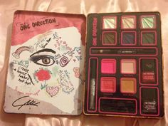 Katrina's Review Blog: New Makeup by ONE DIRECTION Limited-Edition Beauty Collection Review