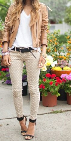 loose white v neck tee, tan polka dot skinny jeans, brown leather jacket, black sandals. dressy, sophisticated, preppy, edgy, girly, monotone, date night, office, hangout, school, party, neutrals, fall outfit.