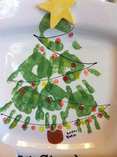 Hand stamp Christmas tree plate by allison.m.hernandez.1