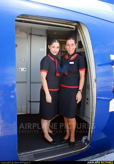 how to become an airline stewardess for sunwing