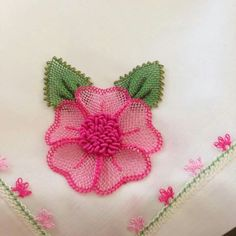 This Pin was discovered by Neş Crochet Flowers, Fabric Flowers, Hand Embroidery, Embroidery Designs, Flower Embroidery, Lace Garland, Simple Flower Design, Hippie Crochet, Fabric Flower Tutorial