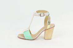 love these heels! Aarhus, Tantra, Massage, Ivory, Sandals, My Style, Heels, How To Wear, Mint Gold