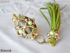 FREE Russian Tutorial for BAROCK BEADED BEAD. Translate. Use: Picasso Jasper barrel beads 25mm, green pearls 10mm, green faceted rounds 10mm, gold faceted rounds 6mm, rounds 3mm, gold seed beads 10/0, long gold hat pin, gold rings 10mm, large gold decorative ring, tassel