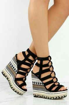 21 Luxury Shoes For Work Shoes Fashion & Latest Trends Schuhe Fashion Latest Luxury Shoes Trends work Pretty Shoes, Beautiful Shoes, Cute Shoes, Fancy Shoes, Wedge Shoes, Shoes Heels, Gladiator Shoes, Wedge Sandals, Strappy Wedges