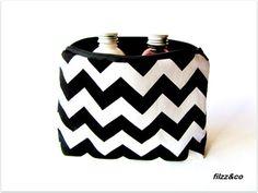 Kosmetiktasche Kulturbeutel Schminktasche Täschchen Riley Blake Chevron schwarz-weiß