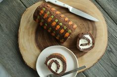 Make and share this Chocolate Carrot Cake Roll recipe from Food.com.