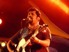 Raghu Dixit drenched in music