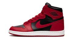 Jordan 1 Red, Air Jordan 9, Air Jordan Shoes, Nylons, Nike Air, Black Jordans, Shoes Jordans, Baskets Nike, Red Shoes