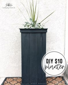 Tall Planter Boxes, Tall Outdoor Planters, Diy Planter Box, Tall Wooden Planters, Building Planter Boxes, Front Porch Planters, Front Porches, Diy Flower Boxes, Diy Porch
