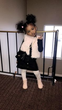 Kids fashion Baby Style - - - Kids fashion For 10 Year Olds Christmas Gifts - Cute Mixed Babies, Cute Black Babies, Black Baby Girls, Beautiful Black Babies, Cute Baby Girl, Cute Little Girls, Baby Swag, Kid Swag, Black Kids Fashion
