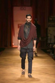 From Runway to Wardrobe: Wearable Indian Menswear http://wp.me/pYeKK-1fu