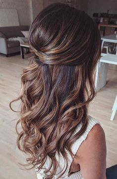 long hair goals - loose curls - loose waves- THM Hair Extensions lange haare ziele - lose locken - l Wedding Hairstyles For Long Hair, Wedding Hair And Makeup, Hair Makeup, Bridesmaid Hairstyles Half Up Half Down, Gorgeous Hairstyles, Bridesmaid Hair Down, Wedding Hair Brunette, Loose Curls Hairstyles, Half Up Half Down Hairstyles
