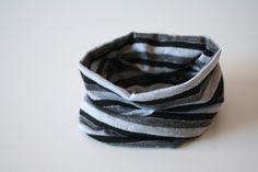 Bandeau tube for child years Stretch fabrics Striped gray, black with silver line To add style to a little dress or a set! Bandeau, Napkin Rings, Boutique, Etsy, Alice Band, 6 Year Old, Kid, Accessories, Boutiques