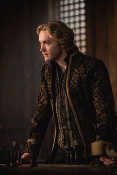 """Reign -- """"The Siege"""" -- Image Number: -- Pictured: Toby Regbo as King Francis II -- Photo: Christos Kalohorides/The CW -- © 2015 The CW Network, LLC. All rights reserved. King Francis Of France, Reign Mary And Francis, Mary Queen Of Scots, Queen Mary, Toby Regbo Reign, Reign Season 2, Serie Reign, François Ii, Marie Stuart"""