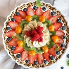 My Beautiful Breakfast Tart has a gluten free granola crust filled with thick Greek yogurt and topped with a colorful sunburst of fresh juicy fruit. Yes it looks too beautiful to eat but dig in anyway it may be beautiful but its still breakfast! Tart Recipes, Healthy Dessert Recipes, Fruit Recipes, Brunch Recipes, Health Desserts, Breakfast Platter, Yogurt Breakfast, Healthy Yogurt, Healthy Fruits