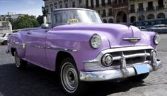 Robbie Goddard sharing car pictures and awesome related websites-no affiliation. American Cars In Cuba. Vintage Cars, Antique Cars, Retro Cars, Cuban Cars, Van Vw, Automobile, Visit Cuba, Chevy Muscle Cars, Vw Camper