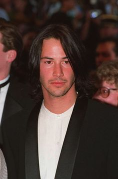 Keanu Reeves Life, Keanu Reeves Young, Keanu Reeves John Wick, Keanu Charles Reeves, Outfits Casual, Mode Outfits, Beirut, Keanu Reaves, Posters Vintage