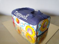 Torbica Desigual / Desigual handbag cake