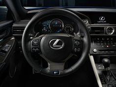 RC F Coupe의 인스트루먼트 패널은 4가지의 선택 가능한 주행 모드에 따라 바뀌는 중앙 다이얼이 중심을 이룬다. | Lexus Facebook ▶ www.facebook.com/lexusKR   #Lexus # LexusRCF #RCF #COUPE #DetroitMotorshow #Car
