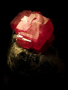 """The Alma Queen"" Rhodochrosite Sweet Home Mine, Mount Bross, Alma District, Park Co., Colorado, USA"