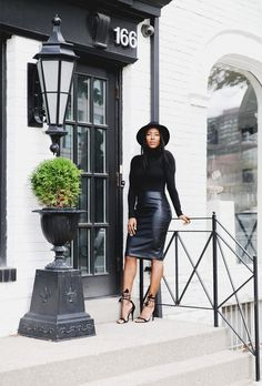 25 Chic Holiday Outfits to Copy from Street Style Stars | Christmas + NYE Fashion Ideas