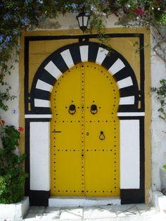Door of Sidi Bou Said through the eyes of kacj