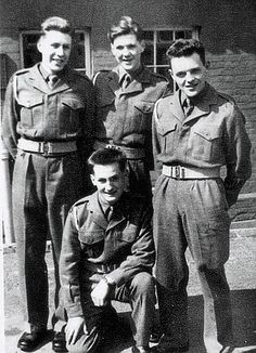 1950s British army, Anthony Hopkins on the right