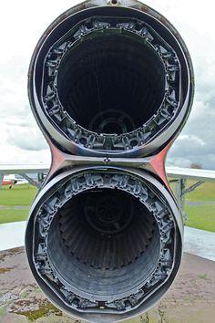 Aircraft Engine, Ww2 Aircraft, Military Jets, Military Aircraft, Electric Aircraft, Airfix Models, Jet Engine, Classic Motors, Diesel Locomotive