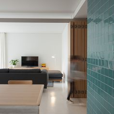 Porto-based architecture studio mero oficina has recently refurbished this 120 smq apartment within a 90's residential building in Vila do Conde, Portugal.